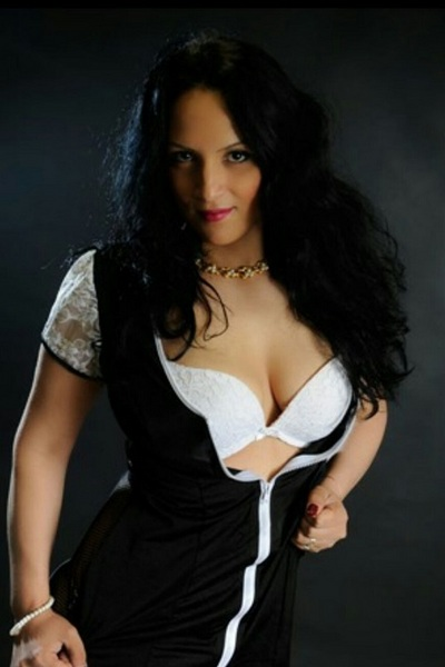 Lucia, Outcall Only Escort