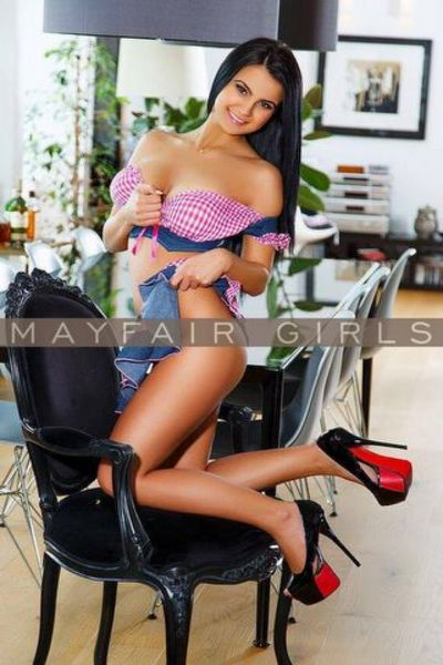 Abata, Escort in Paddington