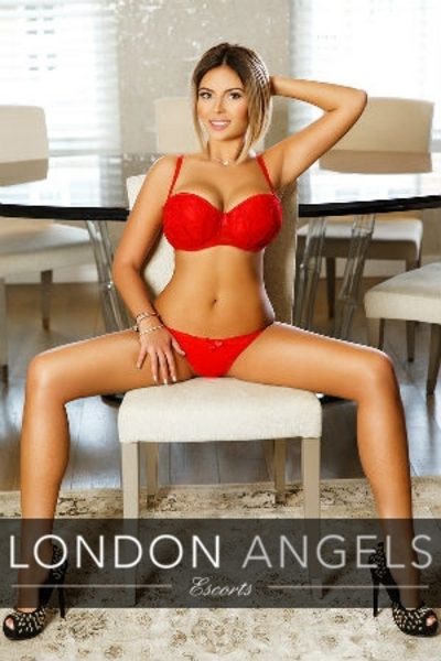 Amelie, Escorts in London