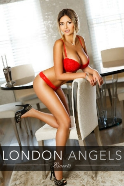Amelie, South Kensington Escort