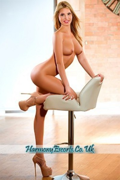 Sonia, Escorts in London