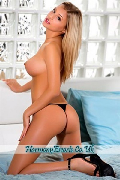 Innes, Escorts in London