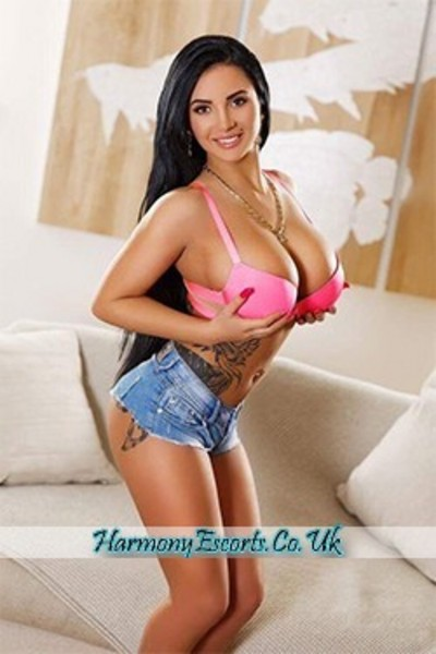 Phoebe, Agency Escort