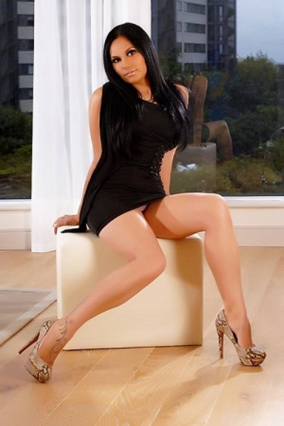 Paulina, Agency Escort