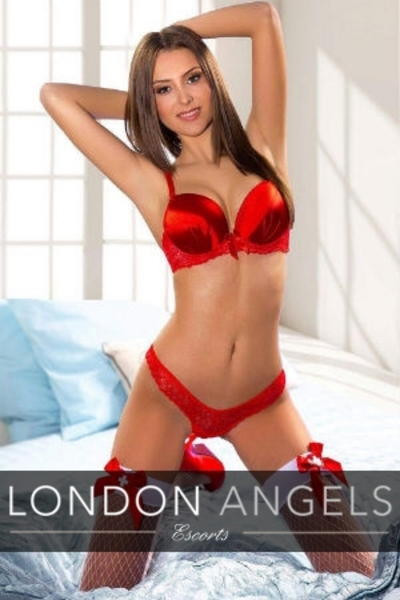 Elaine, Agency Escort