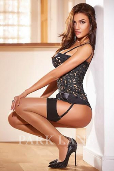 Dayanna, Escorts in London