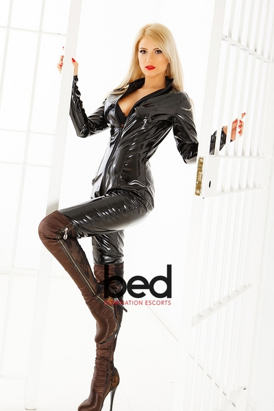 Mistress Stephanie, Escort in Chelsea