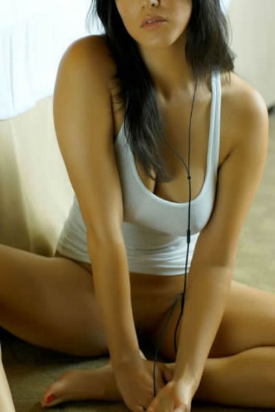 Seema, Outcall Only Escort
