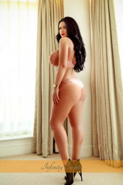 Dolly, Escorts in London