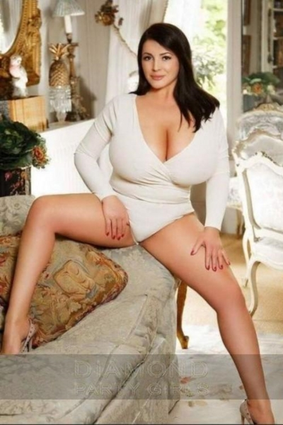 Nina, Escorts in London