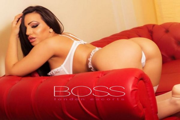 Nicole, Escort in Canary Wharf