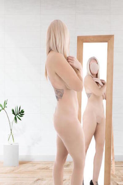 Abi, Outcall Only Escort