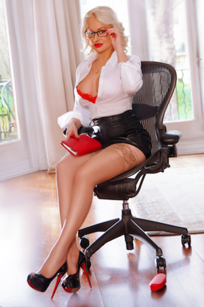 Alliyah, Agency, London Escorts