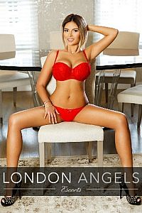 Amelie, Agency Escort