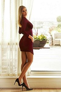 Evie, Escorts in London