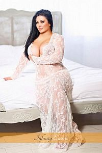 Toya, Agency Escort